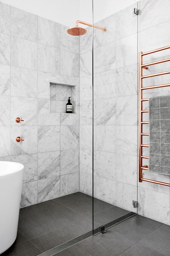 badkamer-ideeën-marmer-2019-koper
