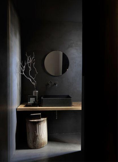 zwarte-badkamer-ideeën-trends