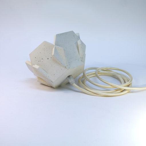 JILL-beton-lamp-wit-zijkant