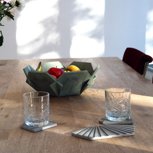 MODI-beton-onderzetter-grijs-glazen